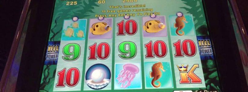 Queen of Atlantis Slot Machine Bonus Big Win
