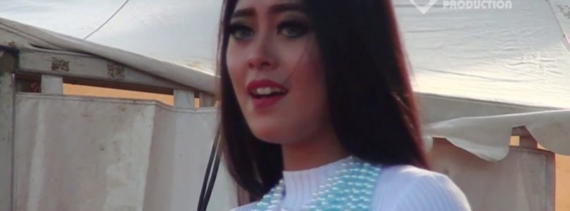 UTAMI DEWI FORTUNA MONATA — LUNGSET VIDEO MUSIK HOT DANGDUT KOPLO Rantau