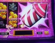 BRAND NEW **PINK PANTHER** SLOT MACHINE / MAX BET BIG WIN.